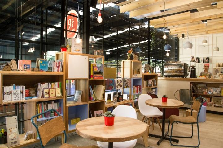 9-3-4-Bookstore-Cafe-by-PLASMA-NODO-Medellin-Colombia-07