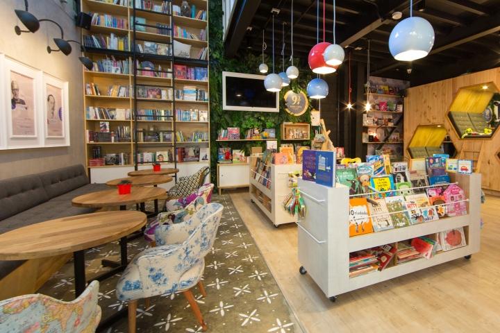 9-3-4-Bookstore-Cafe-by-PLASMA-NODO-Medellin-Colombia